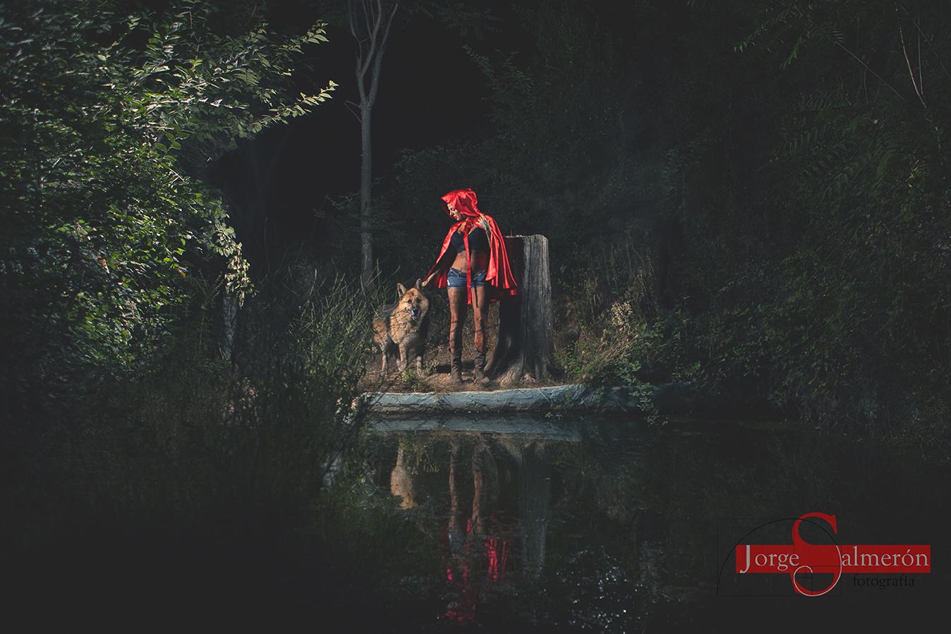 Fotografía reflejo en el agua