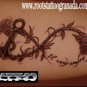Tatuaje infinito ancla