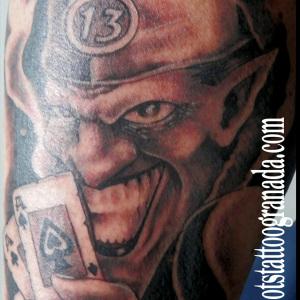 Tatuaje joker cartas