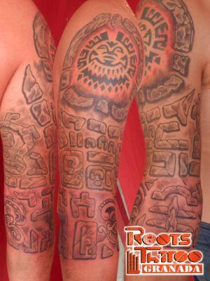 Manga de hombre tatuada