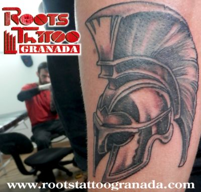 Tatuaje en sombras Serafín Rabé