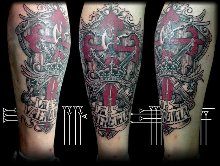 Tatuaje cruz de Santiago