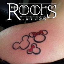 Tatuajes finos para espalda de mujer
