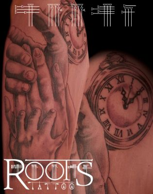 Tatuaje de manos.