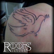 Tatuaje ave solo líneas