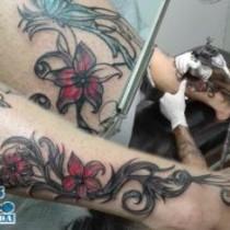 Líneas para arreglo de tatuaje