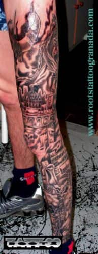 Tatuaje pierna completa de hombre con sombras, nigromante con ejército de esqueletos y calaveras, castillo y jinete de dragón.