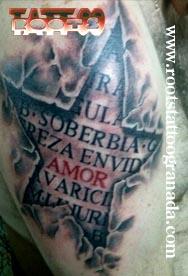 Tatuaje 3D estrella hombro chico siete pecados capitales amor