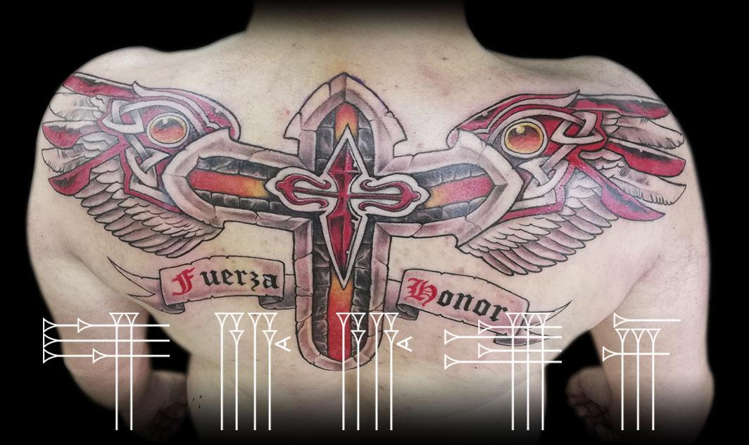 Tattoo alas ancho de espalda