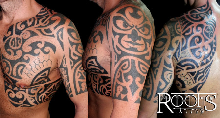 Tatuaje maorí grande brazo, pecho, espalda y costado