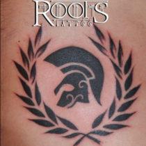 Tinta plana tattoo corona de laurel