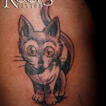 Precioso gatito tatuado Serafín Rabé