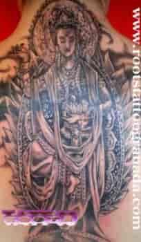 Diosa hindú Tara en espalda de chica