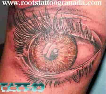 Ojo tatuado