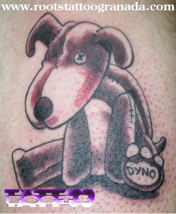 Tatuaje perro de peluche gracioso