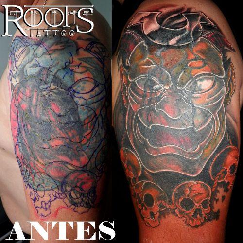 Es posible tapar un tatuaje con mucho relleno negro y de color