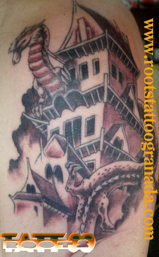 Tatuaje templo japonés con dragón