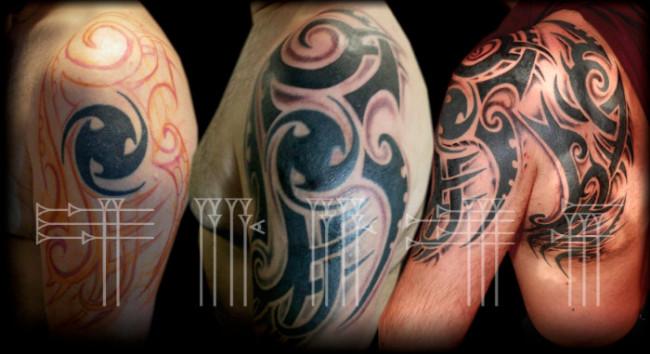 Tatuaje tribal negro con sombras alrededor